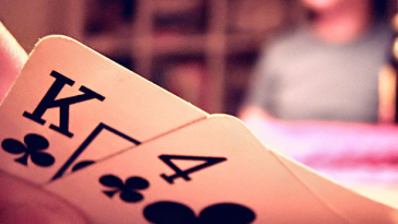 playing poker starting hands